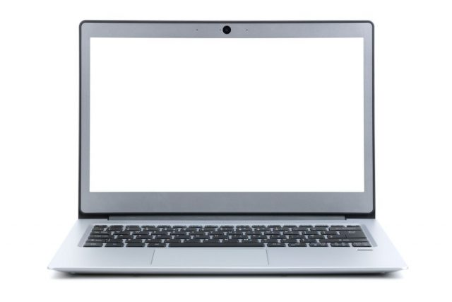 laptop-with-blank-screen-isolated-on-white-backgro-JWBDNCU 1100x823